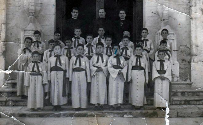 Pequeños en la Escolanía Pueri Cantores de Vélez Blanco